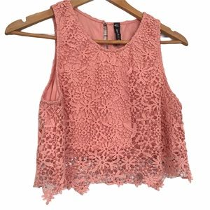 Design Lab Lord&Taylor pink lace crop top M